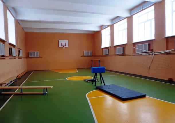 В УР отремонтируют школьные спортзалы